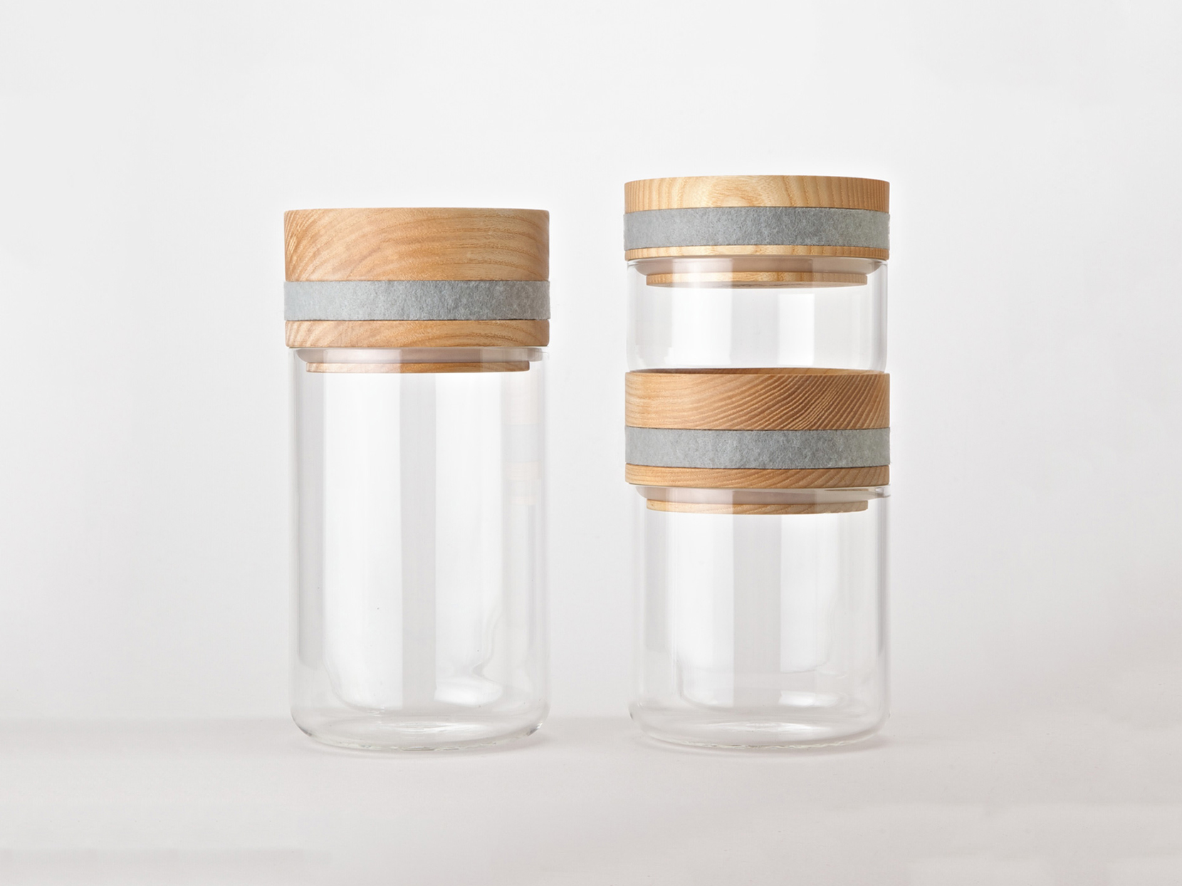 Obtineo stackable storage jars